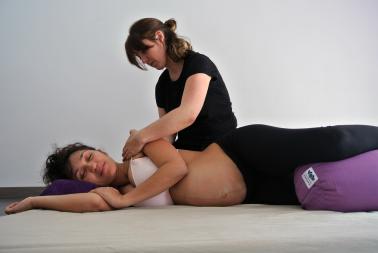 Masaje Prenatal · Virginie Jaume